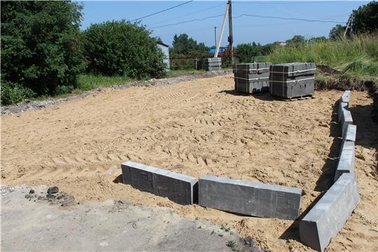 В Порецком сельском поселении ведутся работы по благоустройству придомовых территорий