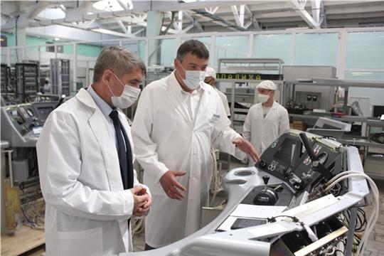 Олег Николаев посетил акционерное общество «ЭЛАРА»