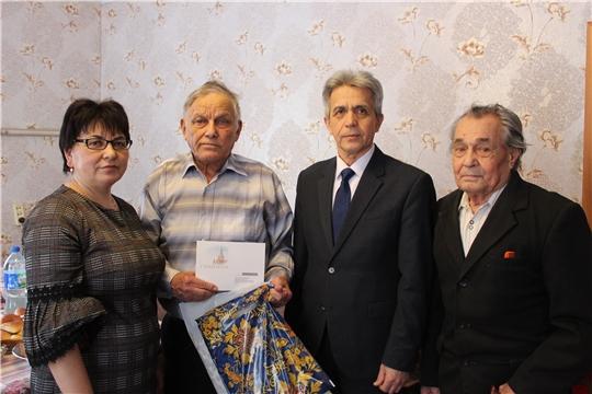 В районе продолжается вручение именных поздравлений с 90-летием  от Президента РФ Владимира Путина