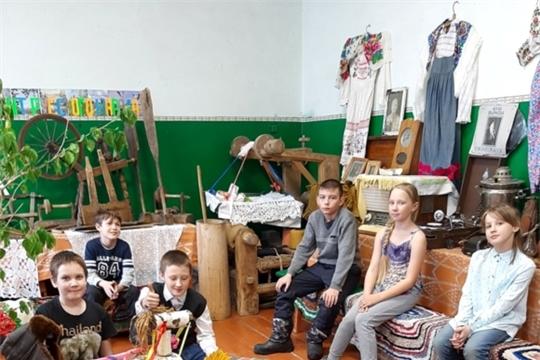 Экскурсия «Рейд в прошлое» прошла в Большеалгашинском сельском клубе