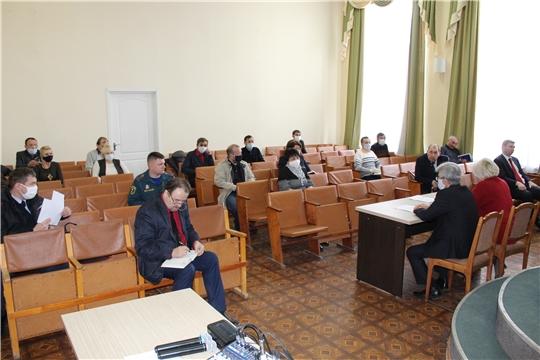 В администрации Шумерлинского района прошло заседание оперативного штаба по предотвращению распространения новой коронавирусной инфекции на территории муниципалитета.