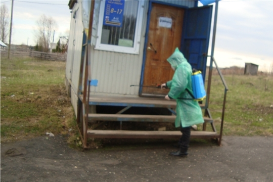 В районе продолжаются  работы по дезинфекции общественных мест пользования