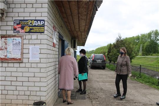 В Шумерлинском районе продолжаются рейды по соблюдению масочного режима