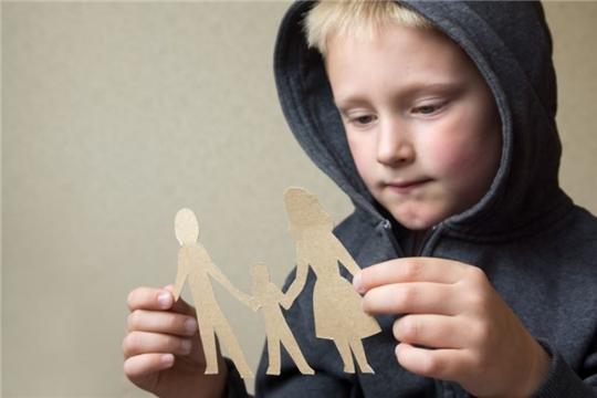 Жители республики могут пригласить детей-сирот на летние каникулы в семьи