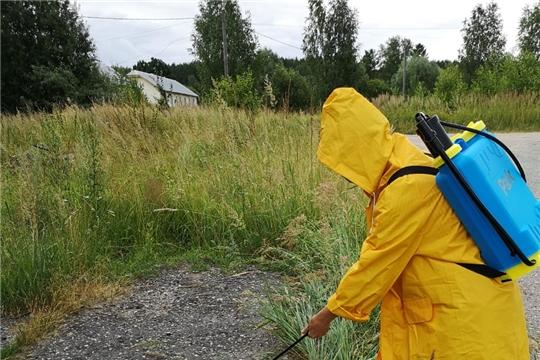 В Шумерлинском районе продолжаются работы по дезинфекции общественных пространств