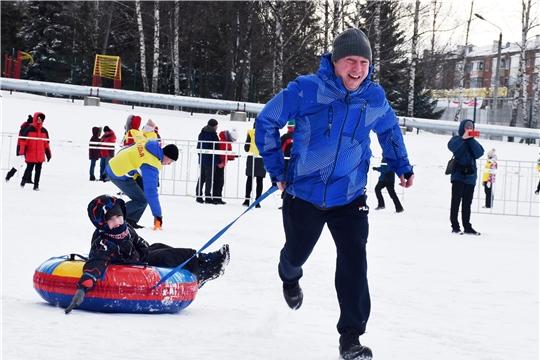 В столице Чувашии зимними забавами отметили Всероссийский день снега