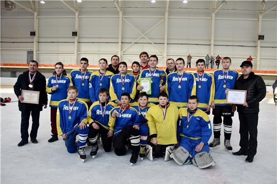 ХК «Яльчики» – победитель республиканских соревнований «Золотая шайба» в старшей группе среди сельских команд