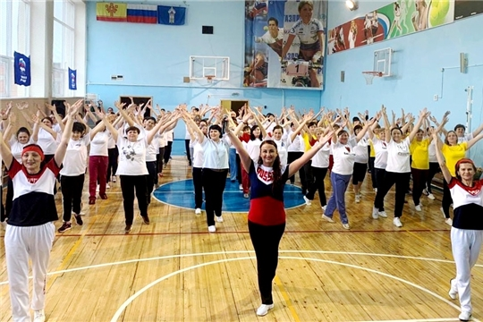 Спорт - норма жизни: в Чувашии успешно реализуется проект «Фитнес-Star! Долголетие в Наших руках!»