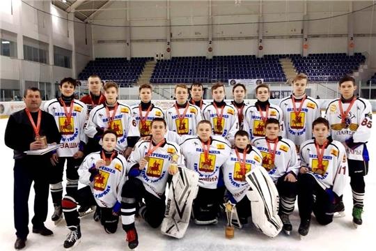 Хоккеисты Чувашии впервые стали победителями Всероссийских соревнований «Золотая шайба»