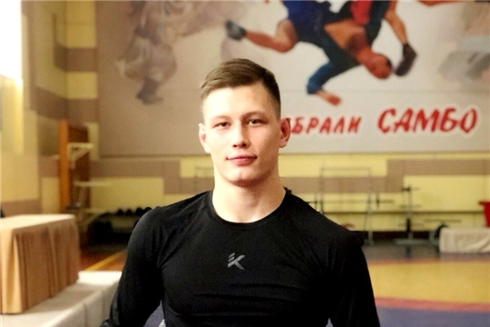 Самбист Даниил Орлов выиграл «бронзу» первенства страны
