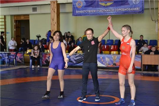 Чемпионат Чувашской Республики по вольной борьбе среди мужчин и женщин