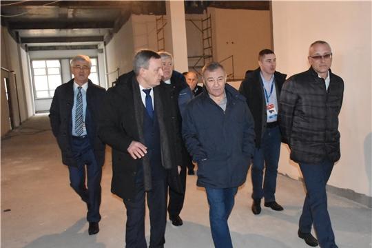 Президент Лиги боевого самбо Аркадий Ротенберг ознакомился с ходом строительства школы со спортивным уклоном в «Новом городе»