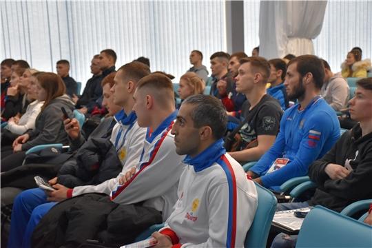 Антидопинговый семинар в Чебоксарах посетили 420 спортсменов и тренеров, прибывшие на чемпионат России по самбо