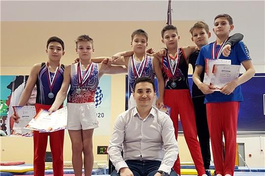 Спортивные гимнасты Чувашии достойно выступили на первенстве Поволжья