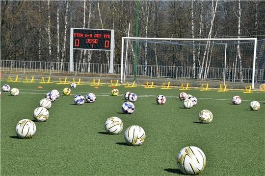 И.о. министра В.Петров ознакомился с инфраструктурой Спортивной школы по футболу, имеющей статус Детского футбольного центра