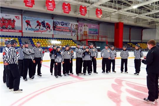В республиканской СШОР № 4 прошли сборы для спортивных судей по хоккею