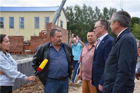 Строительство 25-метрового бассейна в селе Аликово идет по графику