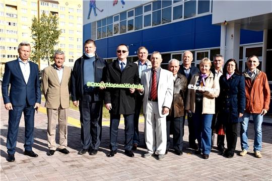В Международный день пожилых министр Василий Петров встретился с ветеранами отрасли