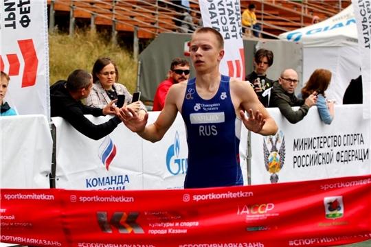 Роман Минеев выиграл «золото» первенства России по дуатлону