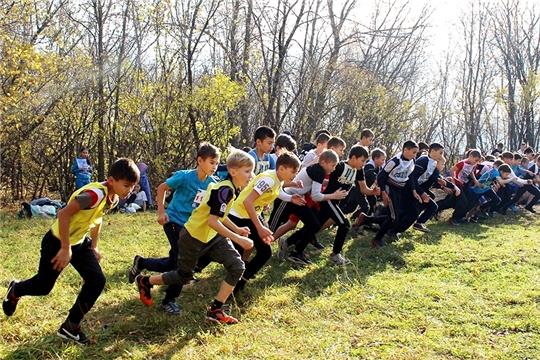 В Чувашии прошел осенний легкоатлетический кросс памяти Н.И. Пуклакова