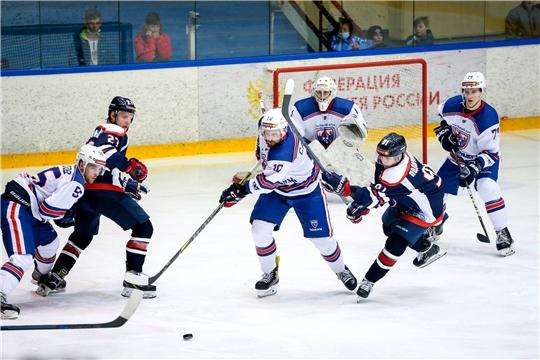 Хоккейный клуб «Чебоксары» дважды переиграл команду «Кристалл»