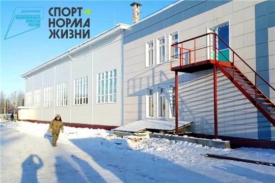 Строительство 25-метрового плавательного бассейна в с.Аликово продолжается