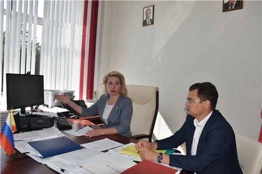 Руководитель Госслужбы Чувашии по конкурентной политике и тарифам Надежда Колебанова провела совещание по вопросу о работе Портала закупок малого объема в Чувашской Республике