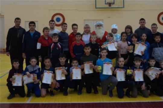 Соревнования по общей физической подготовке среди тренерских групп на призы Деда Мороза и Снегурочки