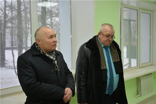 Глава администрации района поторопил строителей с завершением ремонтных работ в здании второго корпуса поликлиники