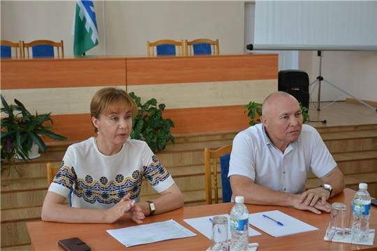 Вурнарский район с рабочим визитом посетила министр труда и социальной защиты Алена Елизарова