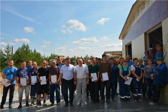 Глава администрации района поздравил строителей с профессиональным праздником