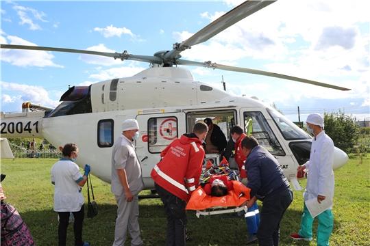 Санавиация экстренно доставила тяжелобольного пациента района в Республиканскую клиническую больницу
