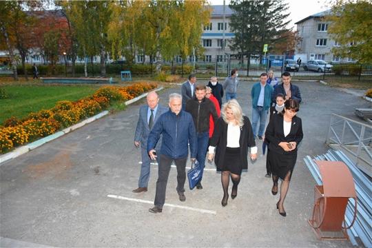 И.о. министра образования Чувашии Алла Салаева посетила  Вурнарскую СОШ №1