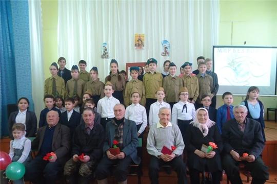 В Ядринском районе проходит акция «75 славных дел ко Дню Победы»