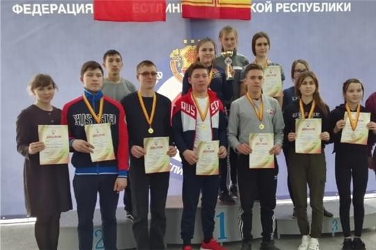 Яльчикская команда заняла третье место в первенстве Чувашии по армрестлингу