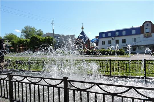 На Центральной площади села Яльчики заработал фонтан