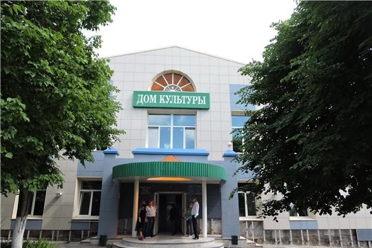В центральном доме культуры МБУК «ЦКС Яльчикского района» продолжается капитальный ремонт