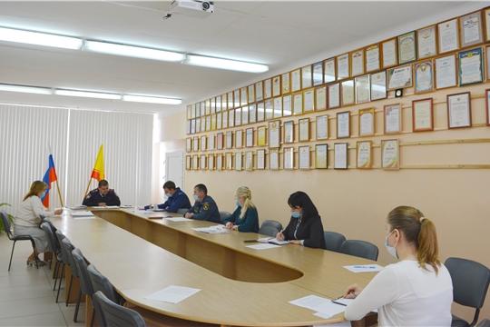 Очередное заседание комиссии по делам несовершеннолетних и защите их прав