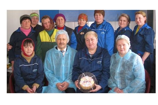 Владимир Ванерке поздравил женщин-животноводов с наступающим праздником