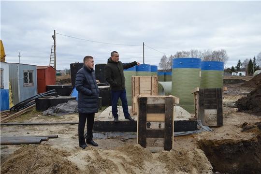 Глава администрации посетил объекты строительства и ремонтных работ