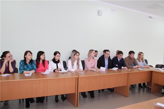 Глава администрации Цивильского района Игорь Николаев встретился с молодыми педагогами