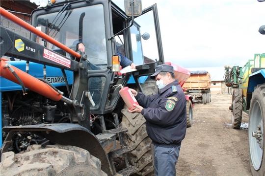 Технический осмотр сельскохозяйственных машин перед началом посевной проходит во всех хозяйствах Цивильского района