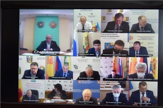 Сергей Беккер принял участие в совещании по обсуждению хода сезонных полевых работ и реализации программ развития сельских территорий
