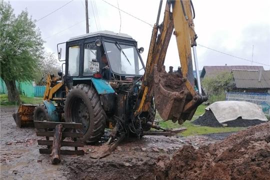 Ремонт водопровода в деревне Поваркасы