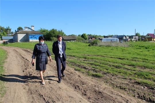 Продолжаются рабочие поездки главы администрации района Сергея Беккера по сельским поселениям