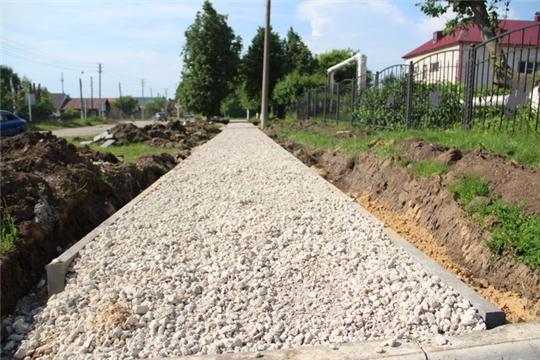 Продолжаются работы по благоустройству объектов на общественных территориях в г. Цивильске