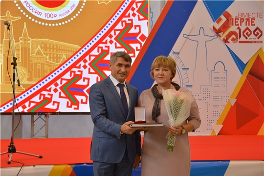 Олег Николаев отметил деятельное участие Союза женщин Чувашии в жизни республики