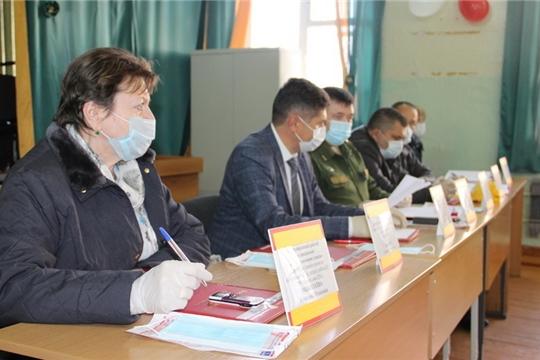 Сергей Беккер принял участие в работе призывной комиссии военкомата